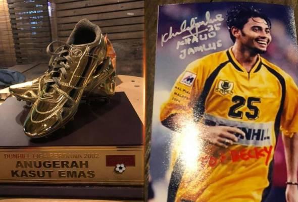 Lelong kasut emas, kisah Khalid Jamlus dapat perhatian