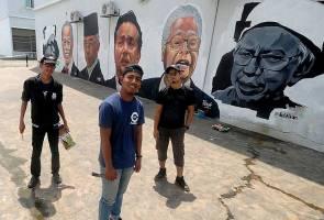 'Sedih karya diconteng tapi kami tak serik untuk hasilkan mural lagi' - Pelukis mural gergasi