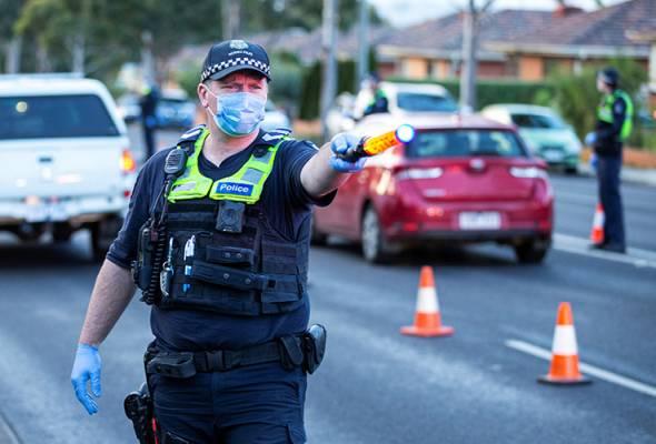 Beberapa individu ditahan anjur protes secara haram di Melbourne