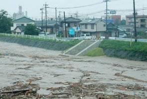 Hujan lebat, 75,000 penduduk di barat Jepun diarah kosongkan kediaman