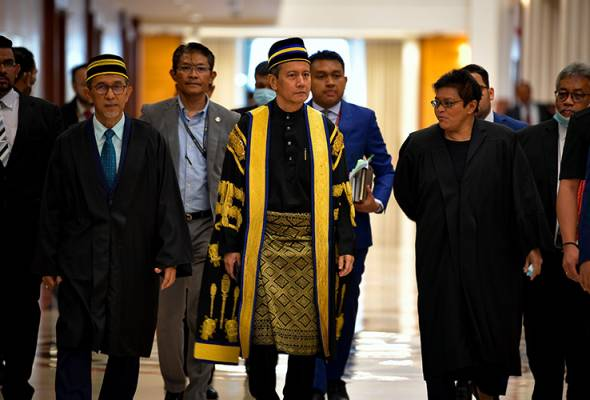 The ministers in the Prime Ministers Department are also scheduled to wrap-up the debate on the motion of thanks to the Royal Address today. | Astro Awani