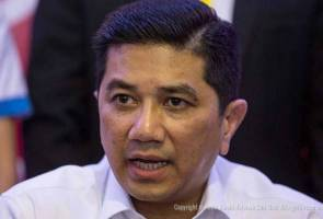 Govt gathers feedback on problems faced by industries, small traders during RMCO - Azmin