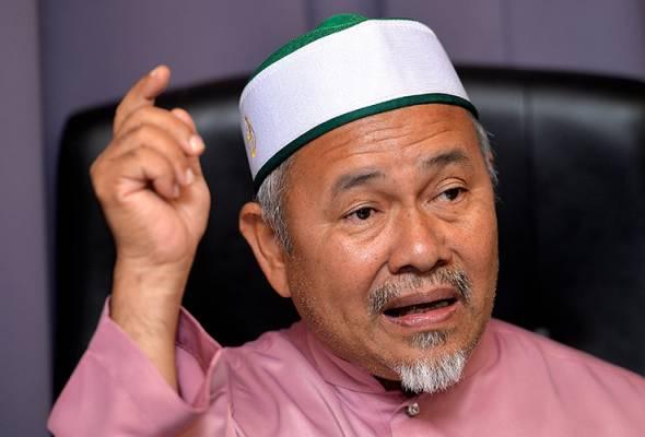 Datuk Tuan Ibrahim Tuan Man, berkata parti itu sedang menyiasat pihak yang bertanggungjawab. | Astro Awani
