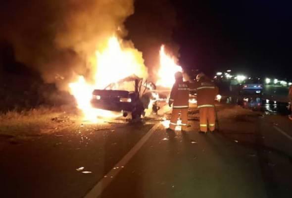 Three burnt to death in five-vehicle crash in Segamat