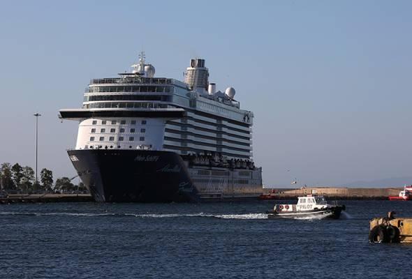 COVID-19: 12 anak kapal persiaran Greece positif