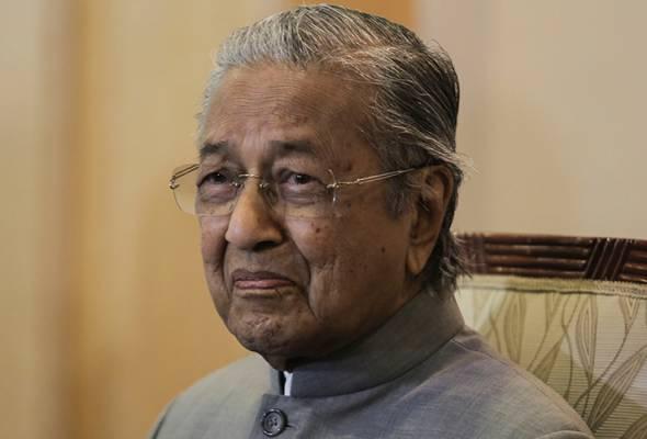 Dakwa ada majoriti: Ini bukan baharu buat Anwar - Tun Mahathir