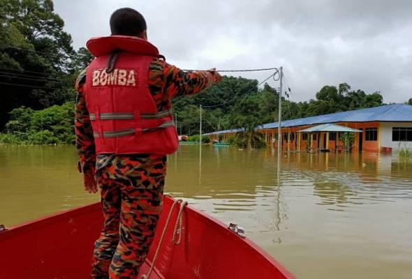 Banjir sekat laluan masuk ke Rumah Panjang Austin Ekau
