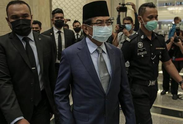 PRN Sabah: Tidak menyerah, Musa Aman rayu mahkamah dengar kes sebagai KM segera