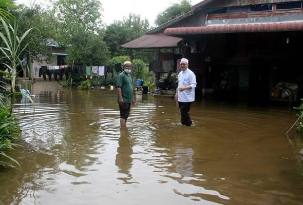 Banjir kilat: Sebuah lagi pusat pemindahan sementara dibuka di Perak