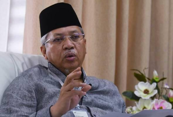 Gadai prinsip UMNO jika kerjasama dengan Anwar, DAP  - Annuar Musa