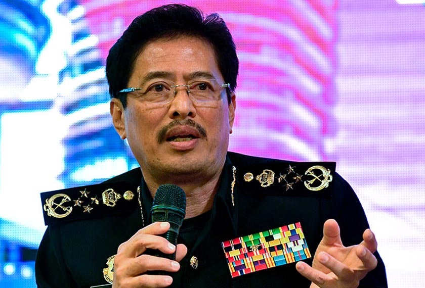 MACC chief commissioner Datuk Seri Azam Baki said hundreds of dummy (false) companies were created by the syndicate linked to the businesses of some of the country's celebrities to deceive the authorities. - Foto BERNAMA