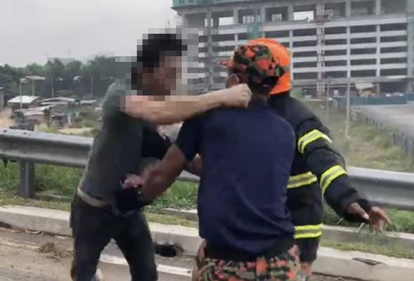 Lelaki ditahan, tumbuk anggota bomba ketika padam kebakaran