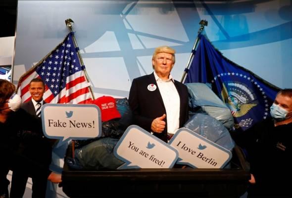 'Donald Trump' masuk tong sampah sebelum pilihan raya AS bermula
