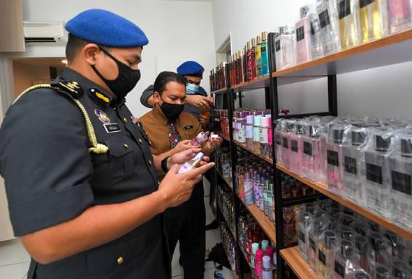 Instafamous jual minyak wangi tiruan diserbu KPDNHEP
