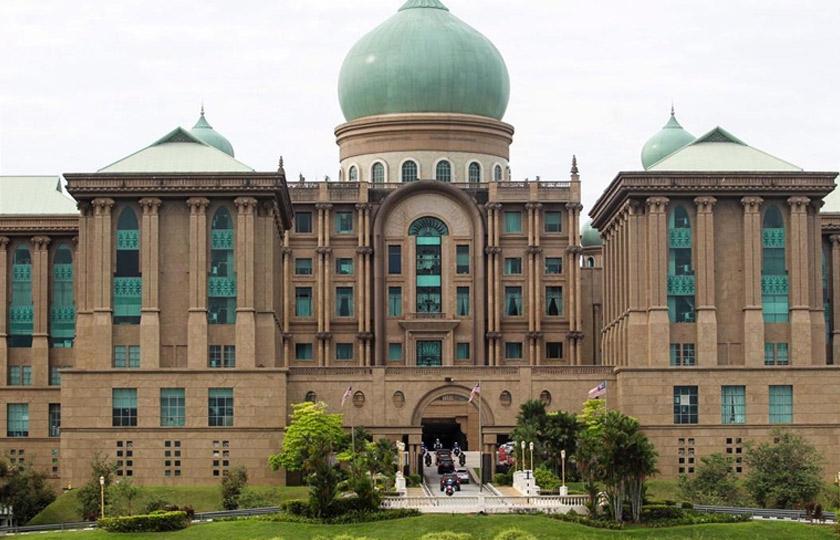 Meminta jawatan Timbalan Perdana Menteri akan memperlihatkan sifat tamak dan gelojoh UMNO untuk berebut kerusi tertinggi dalam kerajaan selepas Pertubuhan Pribumi Bersatu Malaysia (Bersatu) kini semakin teguh di bawah pimpinan Muhyiddin.