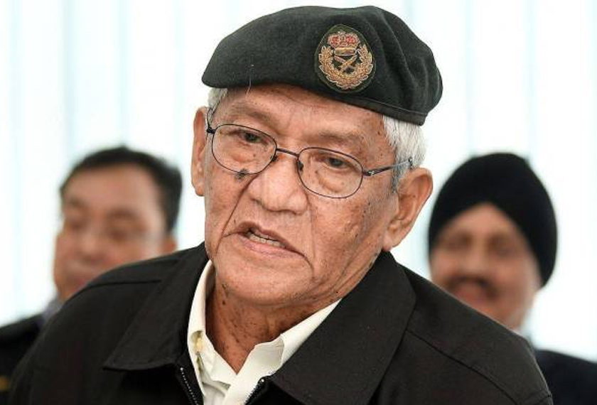 Patriot's president Brigadier General (Rtd) Datuk Mohamed Arshad Raji said the six vessels were sorely needed to boost Malaysia's defences against naval threats as well as economic necessity. Image via Sinar Harian