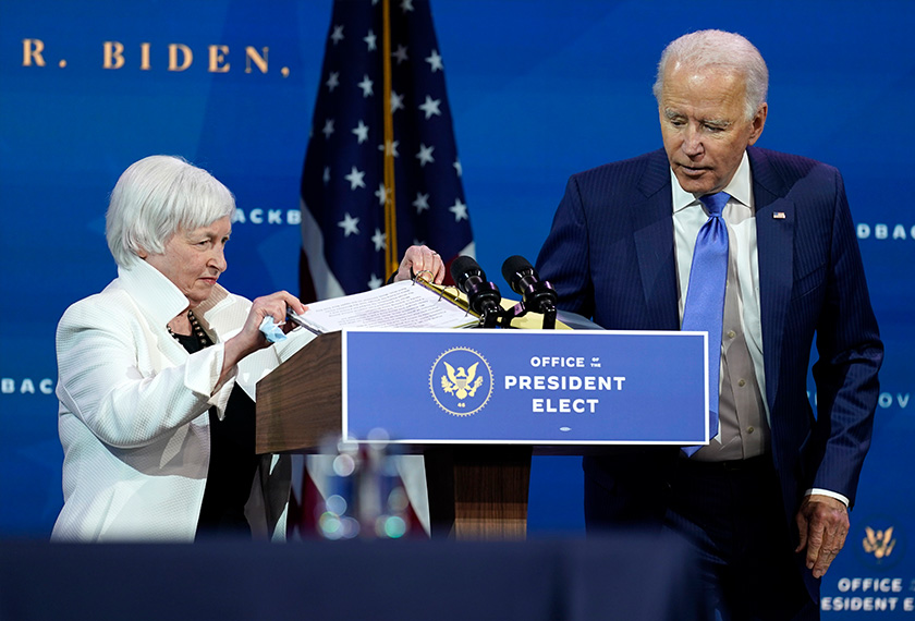 Janet Yellen bersama Joe Biden, di The Queen, Wilmington, Delaware, 1 Dis, 2020. (Foto AP)