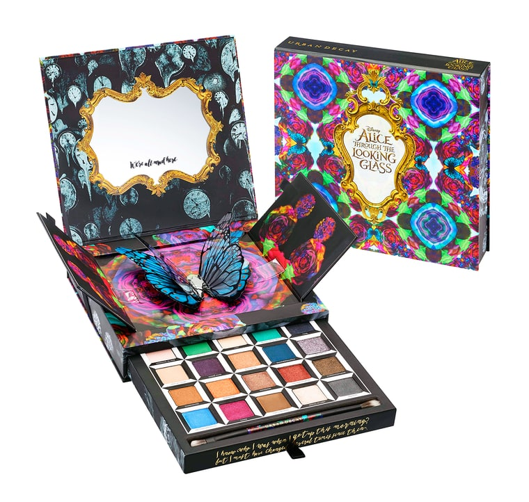 Urban_Decay_Alice_Through_The_Looking_Glass_Eyeshadow_Palette.jpg